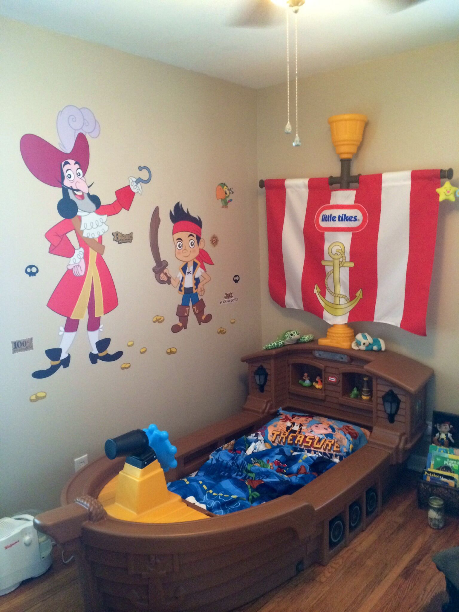 My Son S Jake And The Neverland Pirates Room So Happy With How It Turned Out Ordered Wall Stickers On Amazon Pirate Kids Room Pirate Room Diy Boy Bedroom