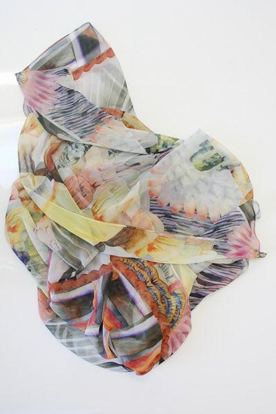 cave flowers scarf. mociun.