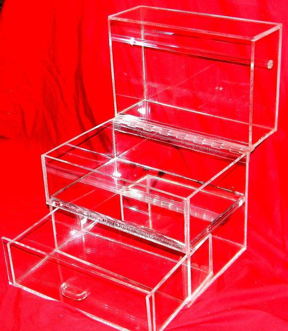 Lucite Jewelry Box I CustomAcrylicDesigns accessorizing and such