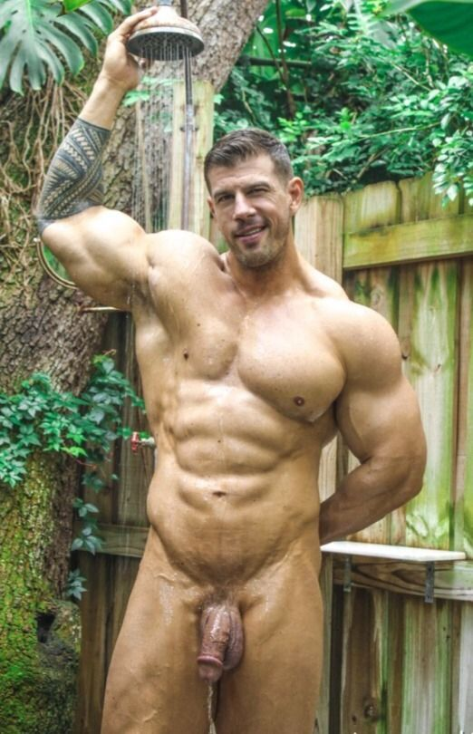 Naked male exhibitionists — 11