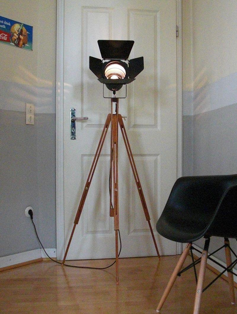 Tripod Lampe SPOT WOOD Stehlampe Stativlampe