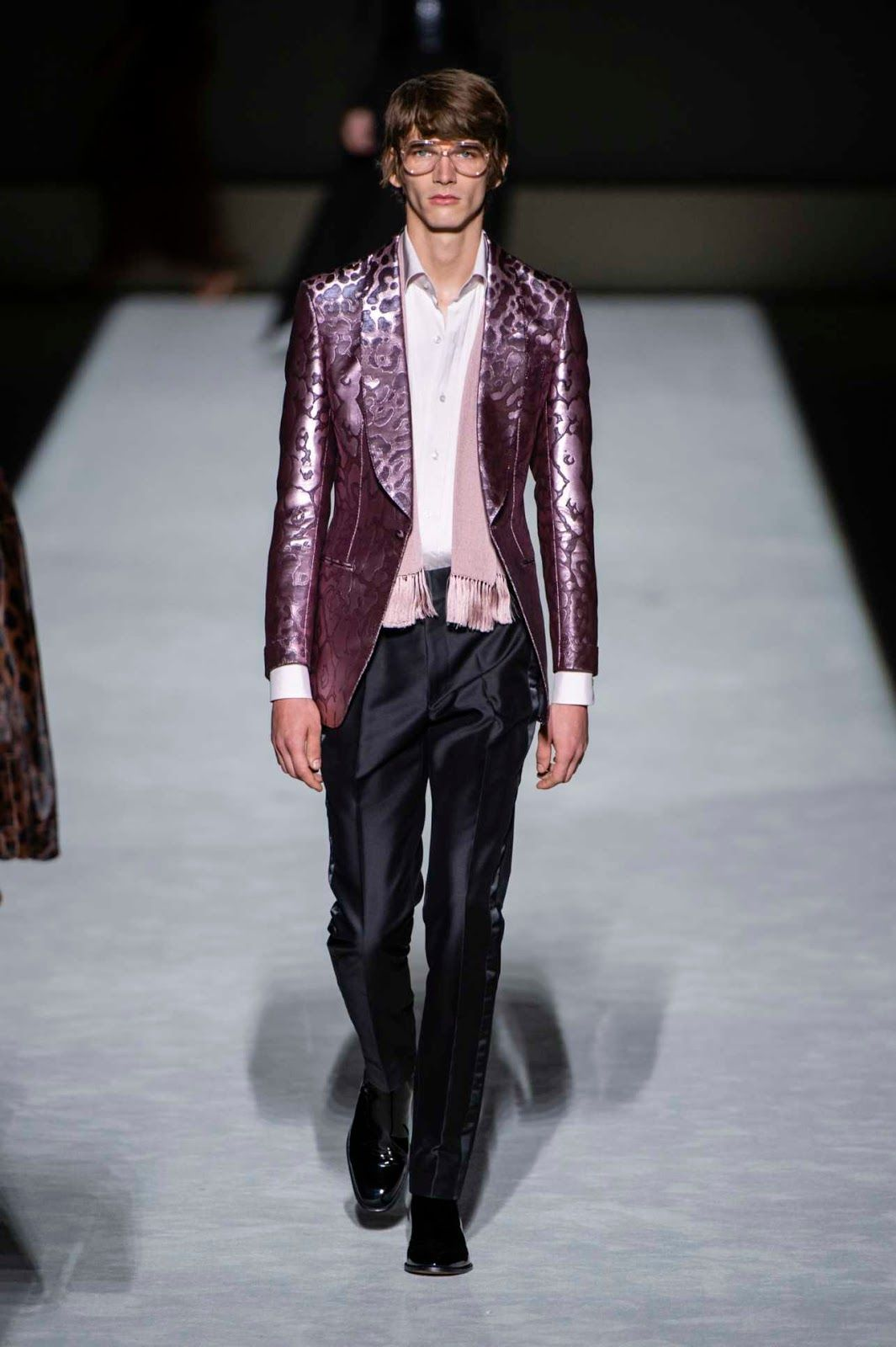 d3bced1fbc21b Tom Ford Spring-Summer 2019 Runway Show   Fashion-Men   Pinterest ...