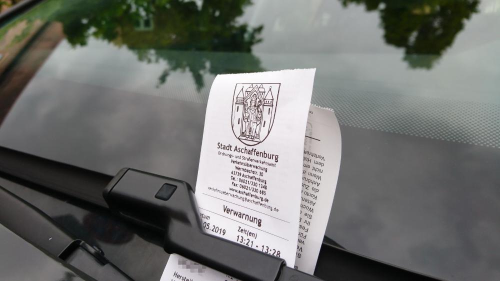 Parken Will Gelernt Sein Wie Mache Ich Es Richtig Falschparker Feuerwehrzufahrt Verkehrsschilder