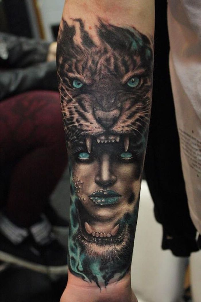 1001 ultra coole tiger tattoo ideen zur inspiration tigerkopf tattoo tigerkopf und blaue augen. Black Bedroom Furniture Sets. Home Design Ideas