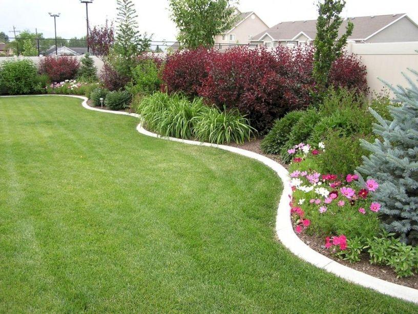 29+ Backyard landscaping ideas along fence ideas