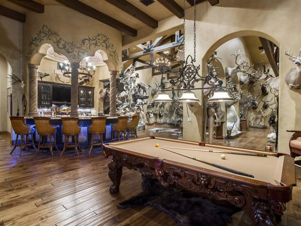 Man Cave Hunting Room : It s good man caves perfect for catching the super bowl
