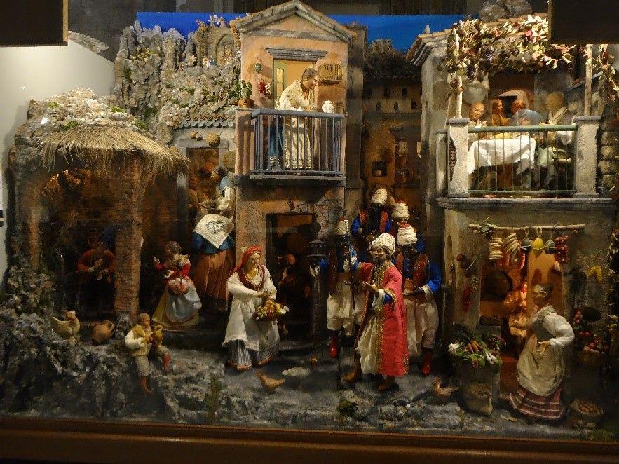 Histoire de la crèche Naples, Histoire, Crèche