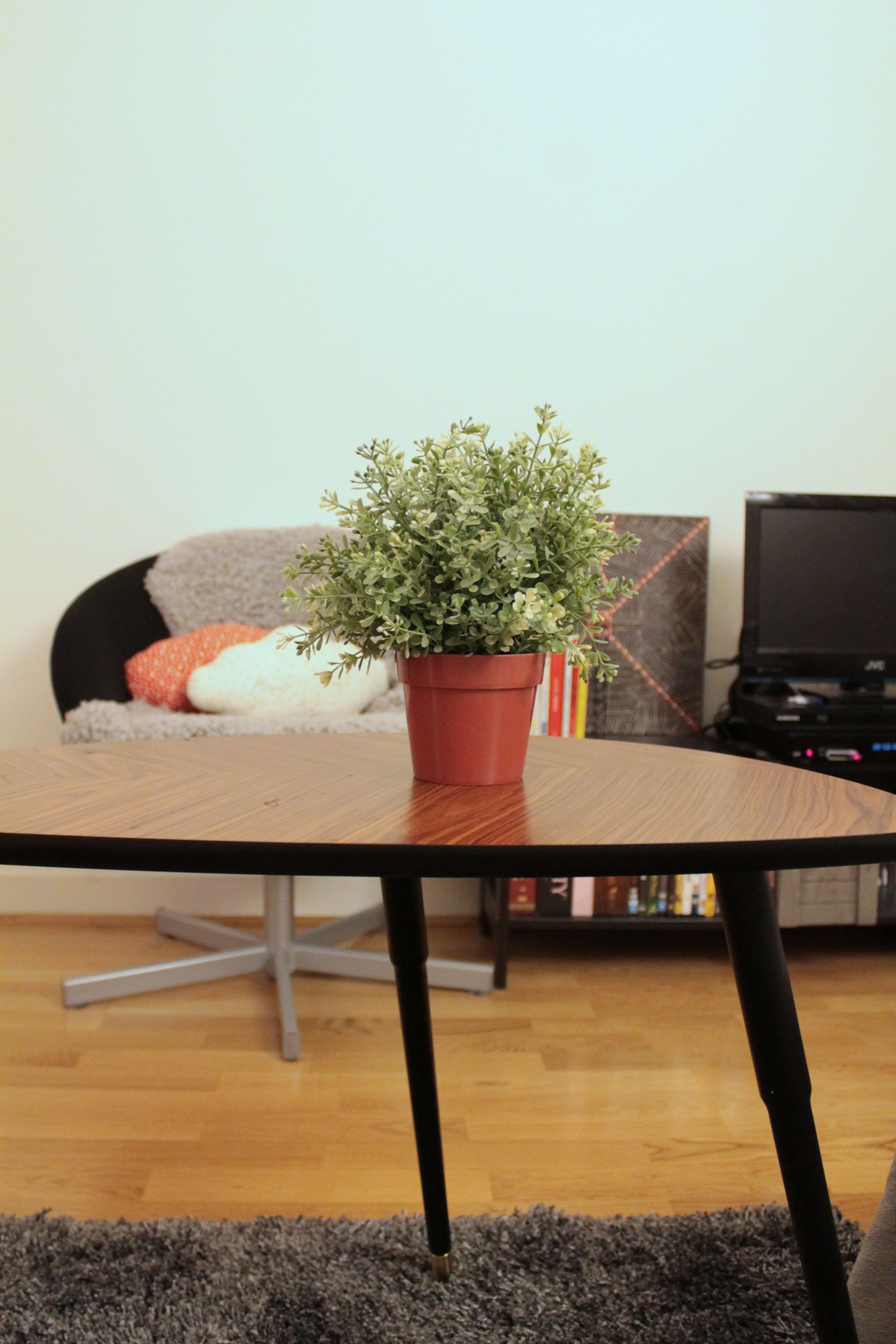 LÖVBACKEN table from Ikea + Cloud cushions (avec images)