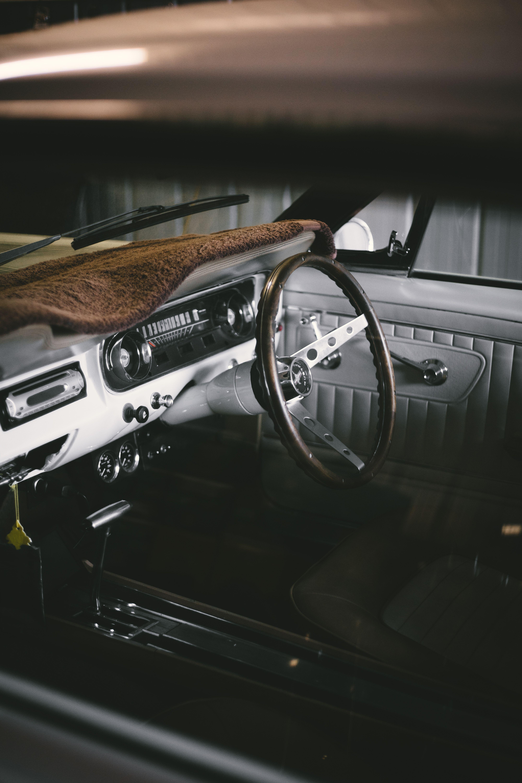 4 Alarming Interior Photos Black And Silver Steering Wheel #car #vehicle #mustan…