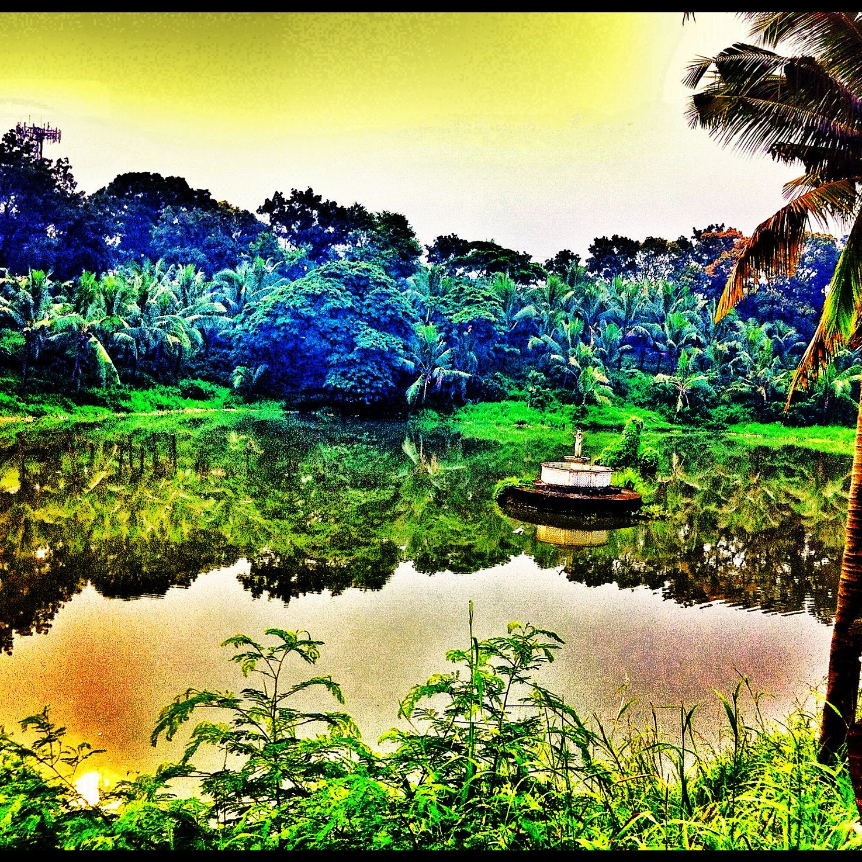 Jamboree Lake found in Muntinlupa City   - Smallest Lake