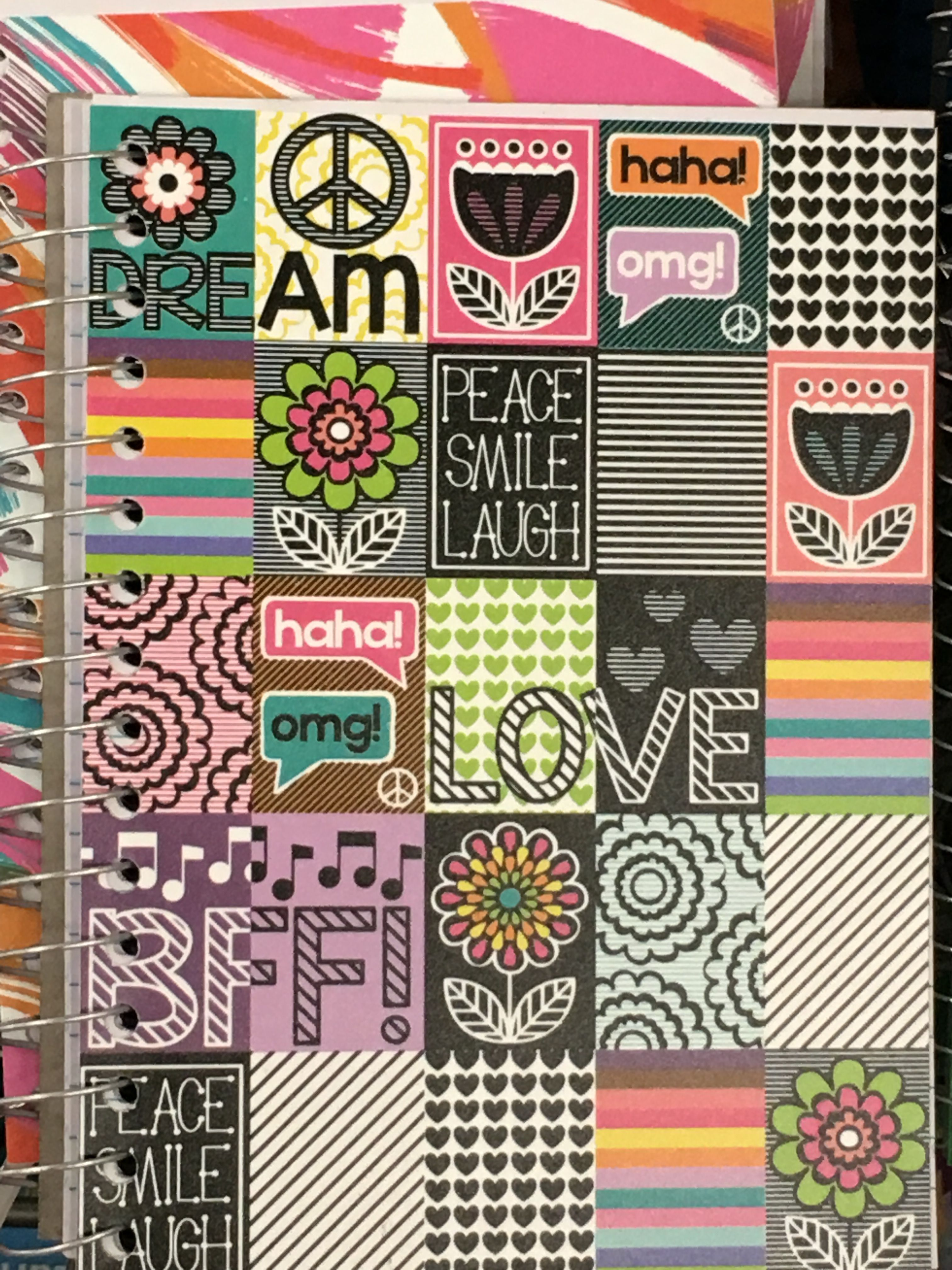 Pin By Becky Hobson On Scrapbook Layout Ideas Pinterest