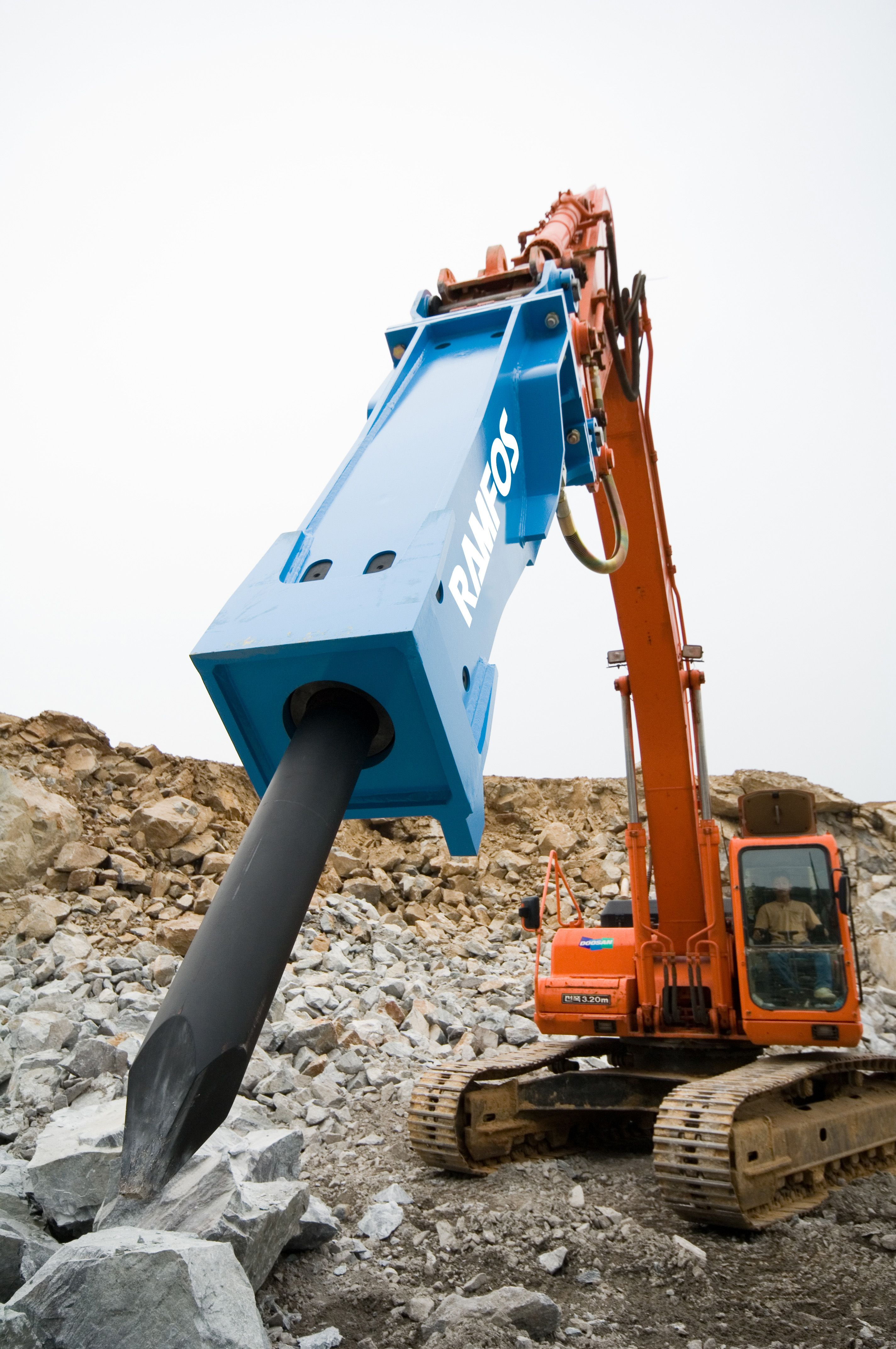 Ramfos TF-3 breaker on Doosan excavator