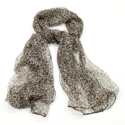 2bf5c1957e38 foulard mousseline soie beige léopard http   www.mesecharpes.com foulard