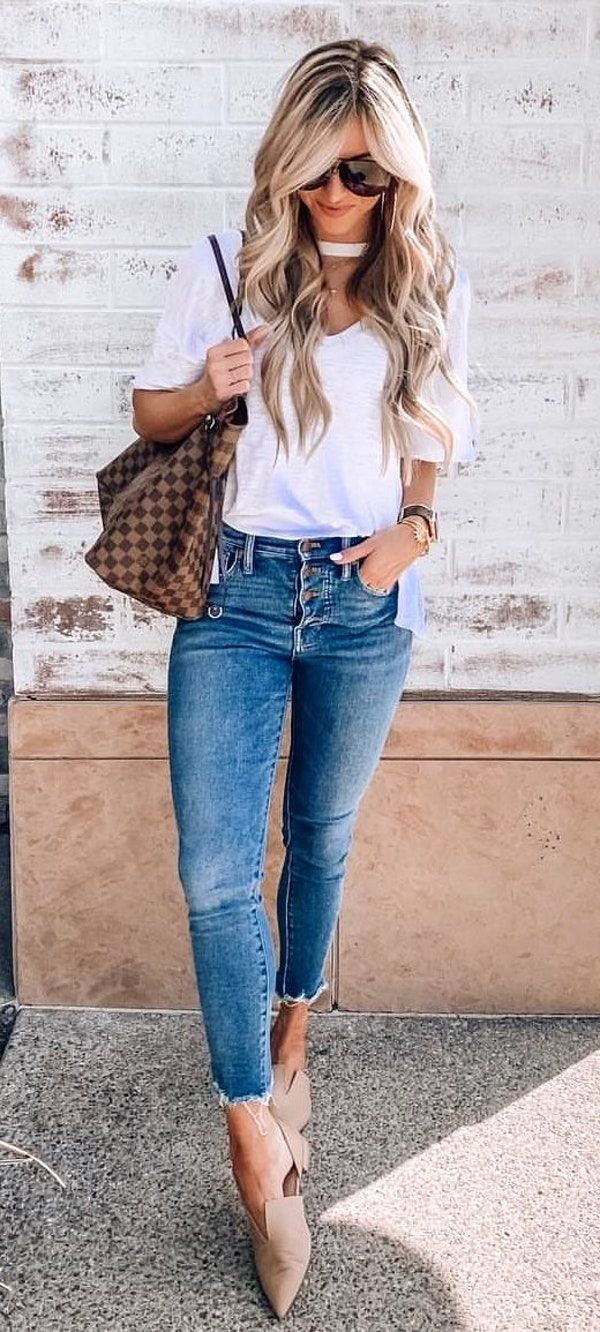 spring #outfits blue jeans  Spring outfits, Fashion clothes women