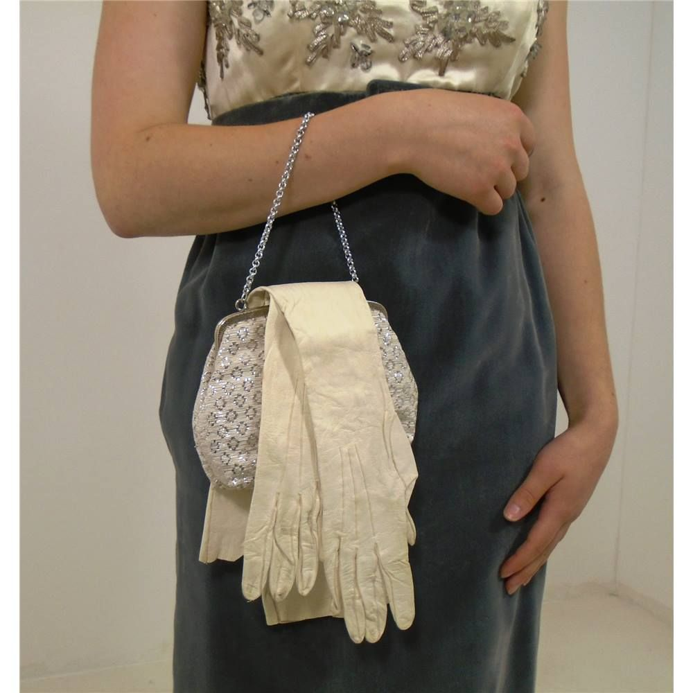 Vintage 1890\'s White Kid Leather Articulated Ball Gown Gloves ...
