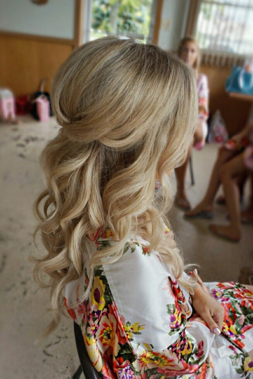 Pretty halfup with curls and volume bridal hair hair styling