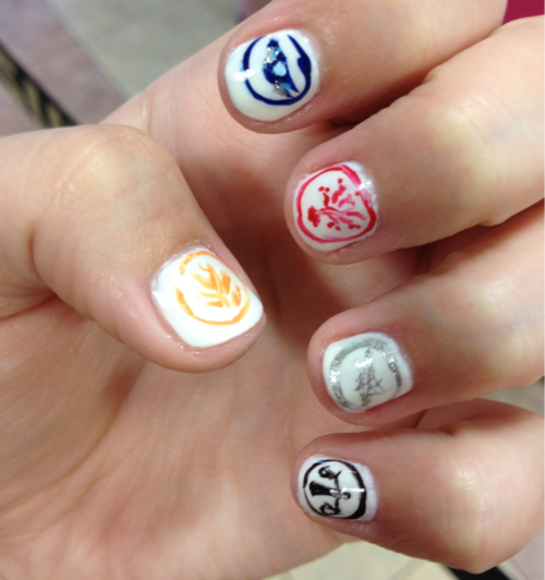 Faction nails for Divergent Series. I'm gonna do this when I go see the movie!!!