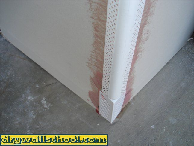 How To Install Bullnose Round Corner Bead On Drywall Drywall Corners Drywall Installation Corner Moulding