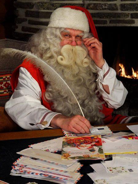 Casa Babbo Natale Rovaniemi Finlandia.Rovaniemi Casa Di Babbo Natale Babbo Natale Nell Ufficio Postale