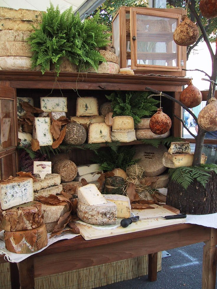 Say cheese! Internationaal kaasfestival in Bra, Italië, 18-21 september 2015. #slowfood #cheese