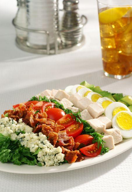 Diabetes Recipes ~~ eating well Cobb Salad #diabetesmenu