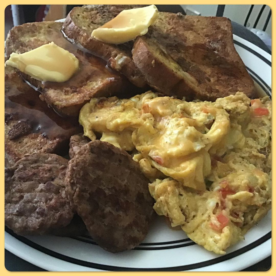 chad ammidown on instagram so aldi sells a zero carb bread made a great breakfast from it french toast turke in 2020 turkey sausage sausage and egg keto recipes so aldi sells a zero carb bread made a