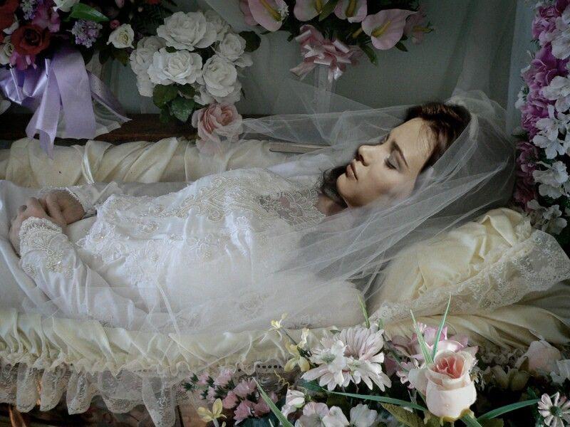 Pin By The Secret Forest 565 On Puteri Tidur Dead Bride Flower Girl Dresses Wedding Dresses
