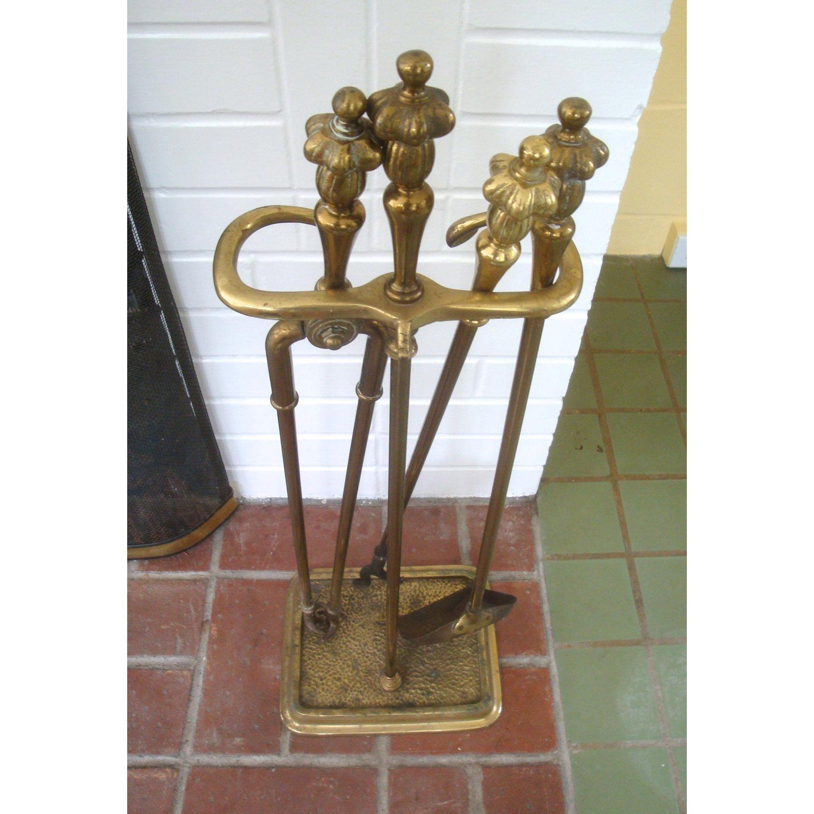 English Traditional Vintage French Style Fancy Brass Fireplace Tool Set For Sale Image 3 Of 5 Fireplace Tools Fireplace Tool Set Tool Set