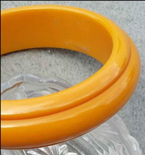 Carved Bakelite Bangle Bracelet Golden Yellow Early Vintage Plastic