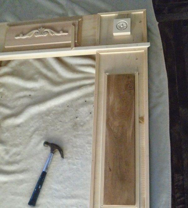 kaminumrandung selber bauen dekokamin anleitung holz konstruktion dekorieren ornamente gipf. Black Bedroom Furniture Sets. Home Design Ideas