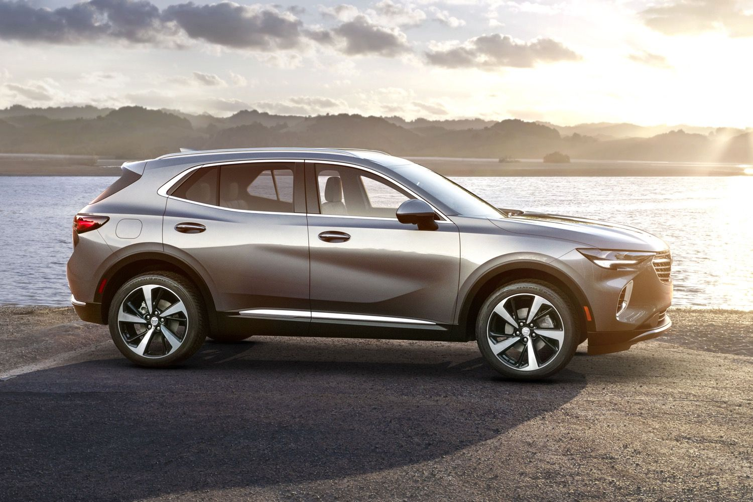 2021 Buick Envision Vs Last Gen Buick Envision Dimensions Gm Authority Buick Envision New Suv Buick