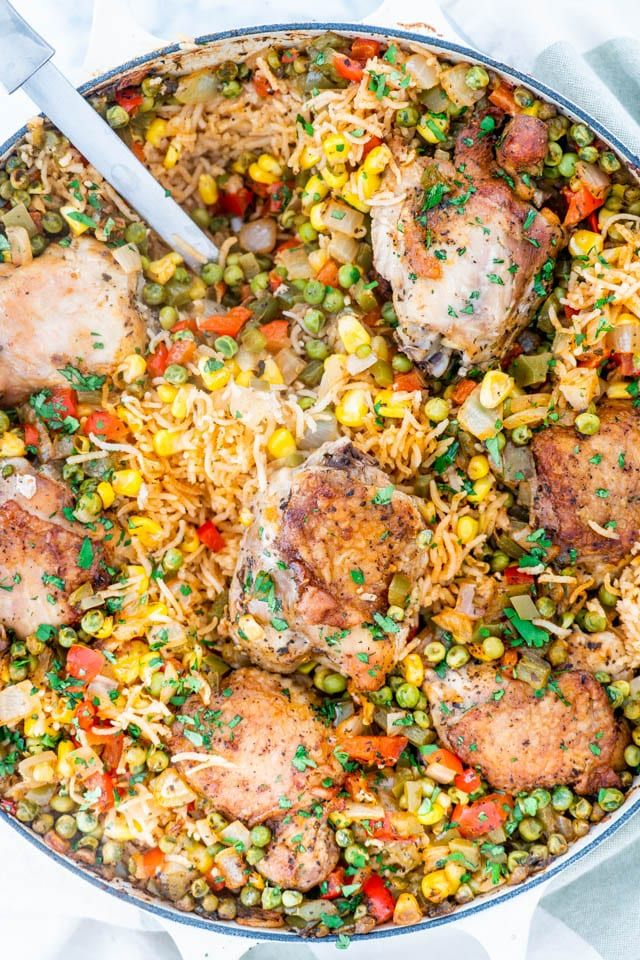 This is the best Arroz Con Pollo recipe! Featuring chicken ...