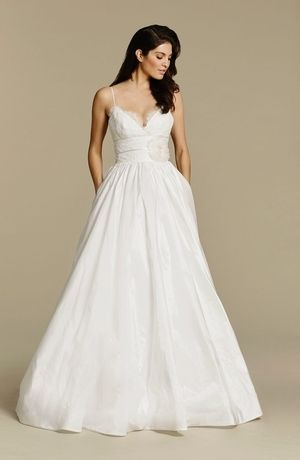 Kleinfeld's Wedding Dresses with Pockets