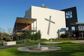 Resultado de imagem para modern churches architecture