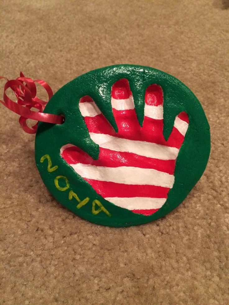 Christmas gifts for the grandparents from the girls. We were a little crafty this year. #bestgiftsforgrandparents