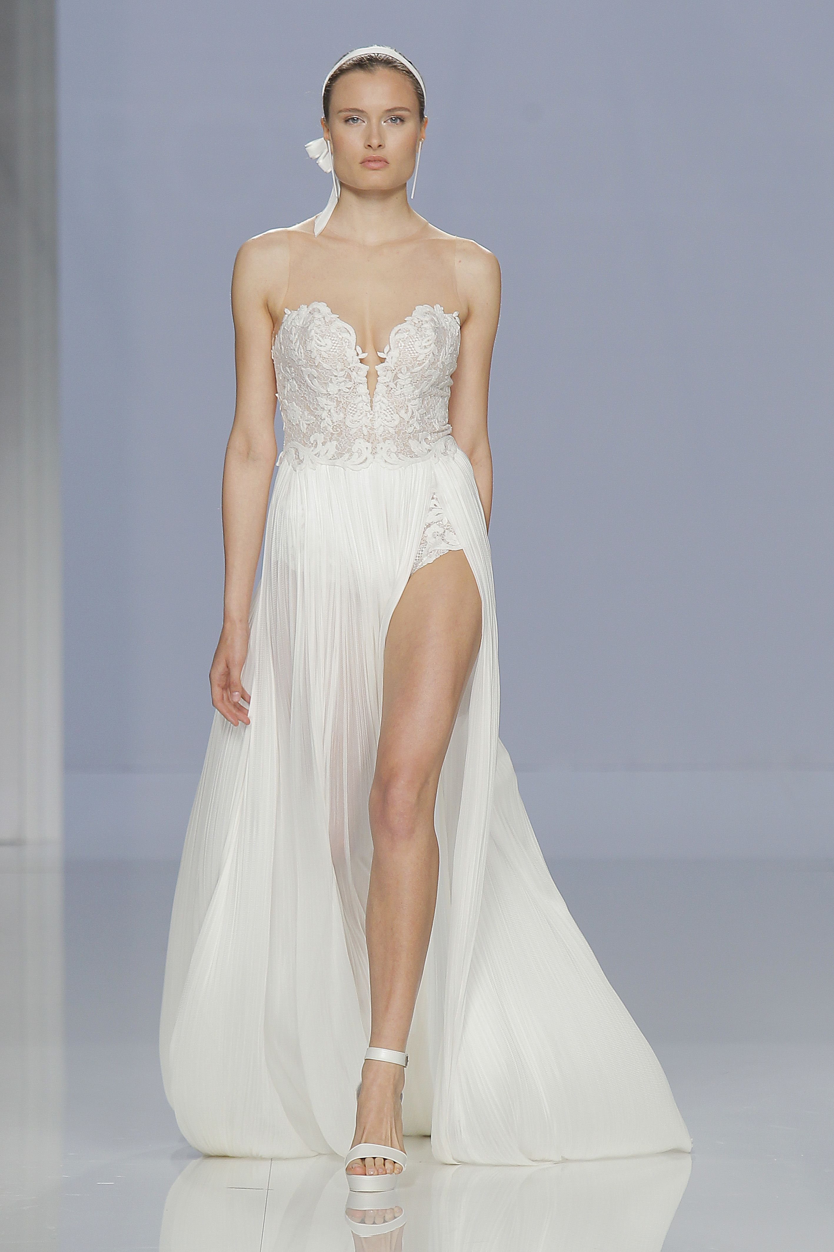 Roca - Two by Rosa Clará 2015 Bridal Collection