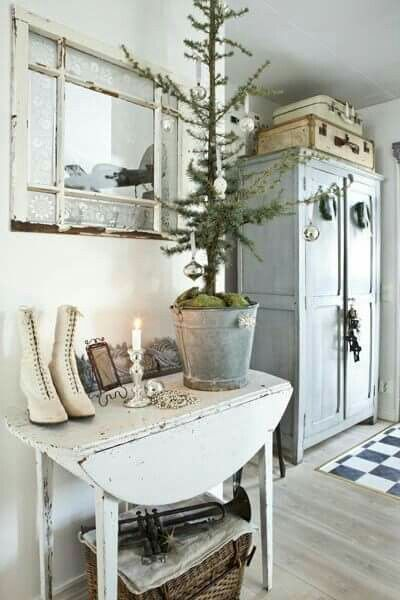 without the tree with TM table and Liza's armoire