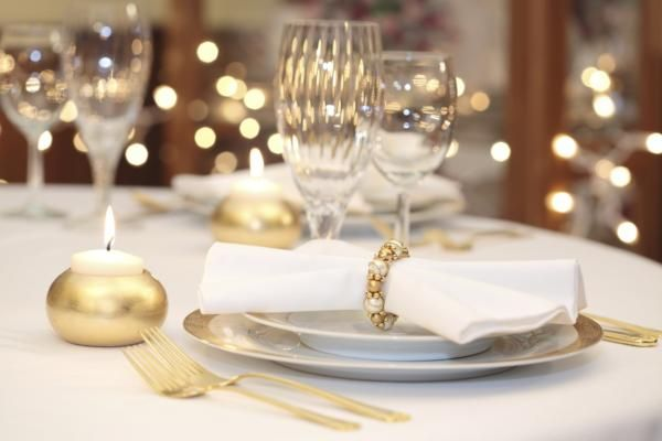 8 Tips for Stress-Free Entertaining This Holiday Season Recipe | http://aol.it/1yEK9rq