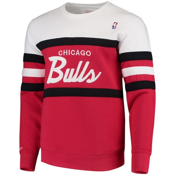 4dc0208959381 Men s Mitchell   Ness Red Chicago Bulls Coaches Crew Neck Pullover  Sweatshirt