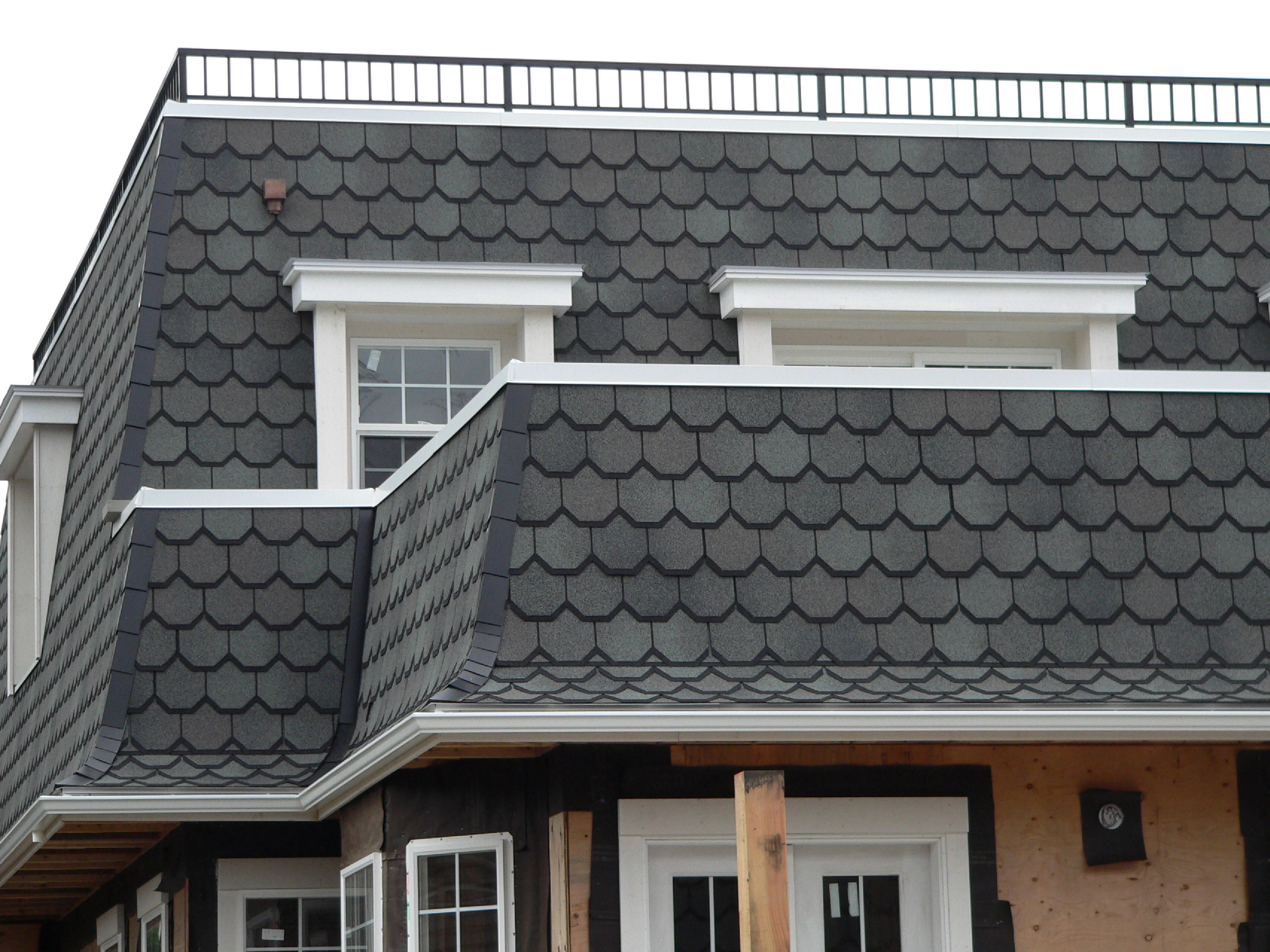 Carriage House Shingles Google Search Roofing Roof Trim House Roof Shingles