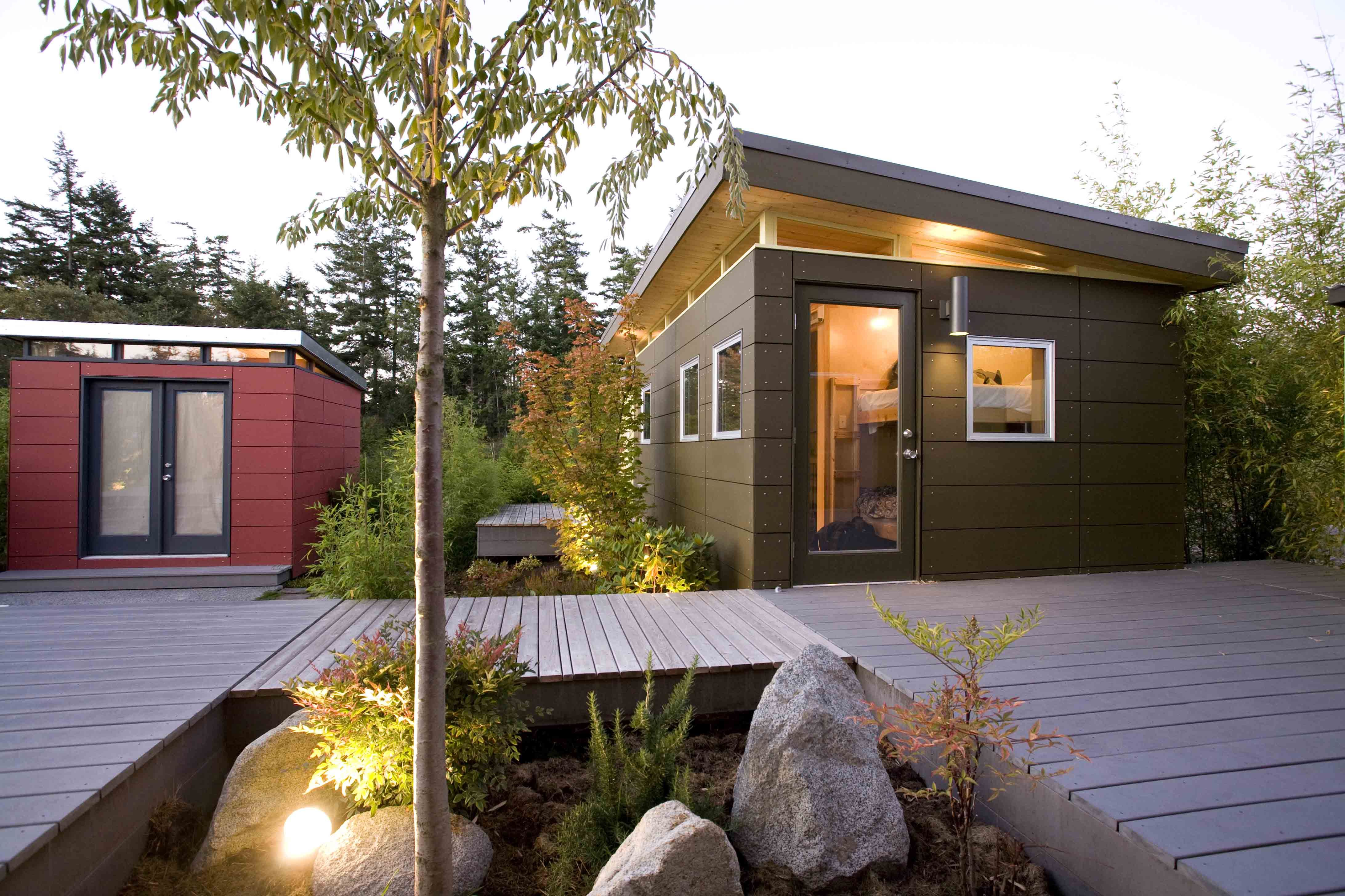 tiny backyard home office. Like The Extra Bit Of Window At Top, Would Bring More Light Into My · Backyard OfficeBackyard ShedsBackyard StudioIn BackyardTiny House Tiny Home Office V