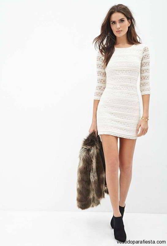 En invierno hace frío sí. Pero tenemos fabulosas medias que nos permitirán lucir nuestras piernas en cualquier ocasión. Por esto mismo, os mostramos Más de Vestidos de fiesta cortos Otoño Invierno – Porque los vestidos cortos de fiesta nos sientan fenomenal.