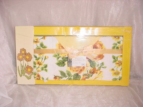 Vintage Cannon Towel Set NEW in Box Yellow Roses Bath Towel and Washcloth ~ seller; florasgarden on ebay