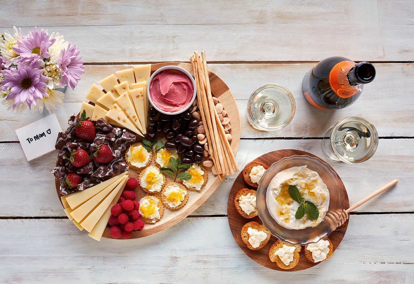 Cheese meats pickles cheeseboard recipe wisconsin
