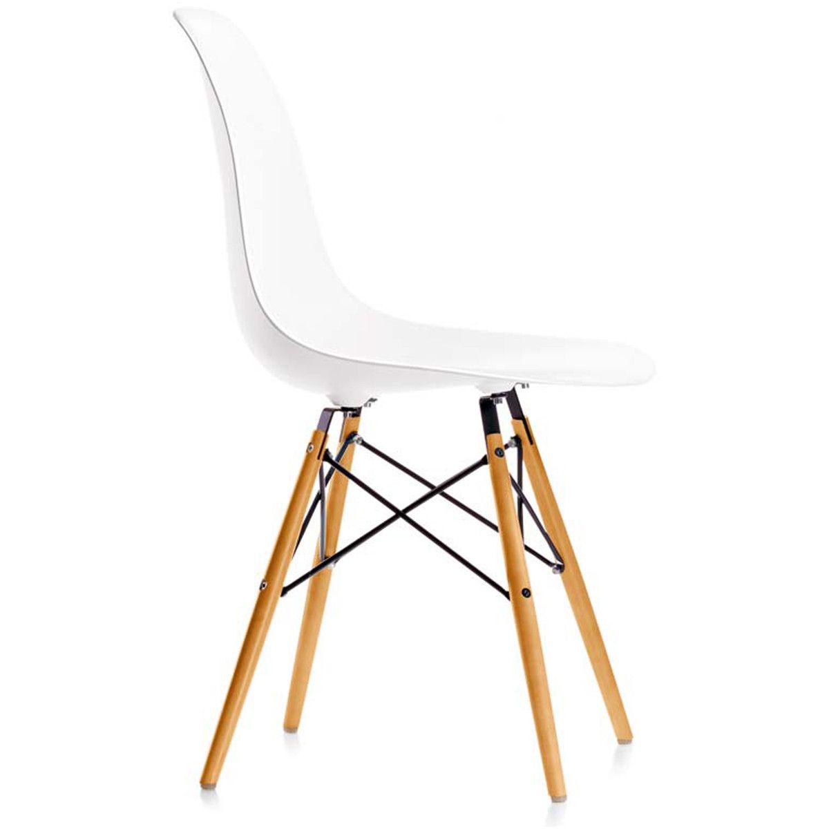 Vitra Aktionsset Eames Plastic Side Chair Dsw 4 Er Set Ahorn Gelblich Weiss Filzgleiter Weiss Plastikstuhle Eames Und Kuchenstuhle