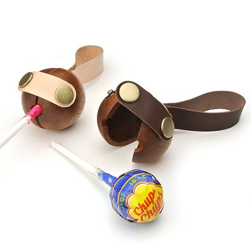 Wooden Lollipop Case, To Keep Your Chupa Chups Safe - DesignTAXI.com