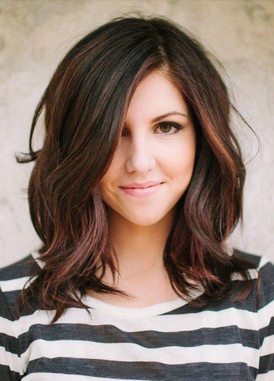 hervorgehobene medium welliges haar   medium hairstyle   pinterest