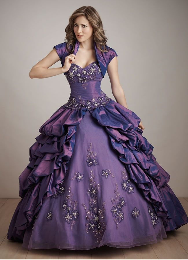 vestido roxo - Google Search | ideias | Pinterest | Gowns and Ball gowns