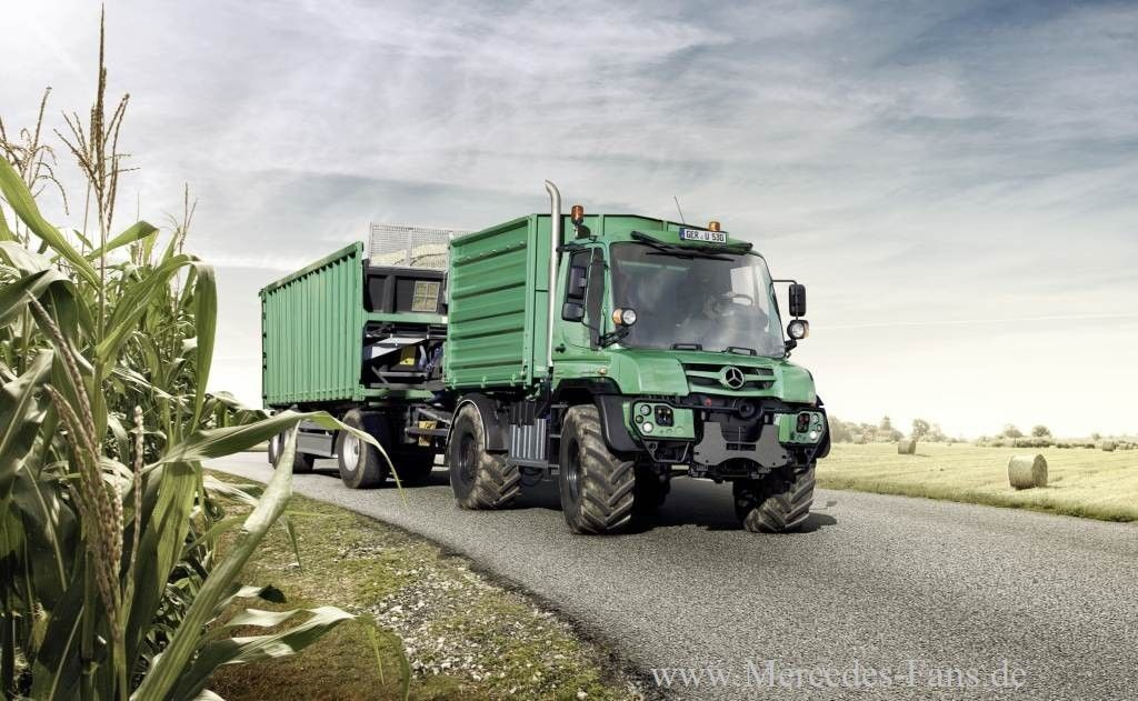 """Miks' Pics """"Unimog 4x4 by Mercedes Benz"""" board @ http://www.pinterest.com/msmgish/unimog-4x4-by-mercedes-benz/"""