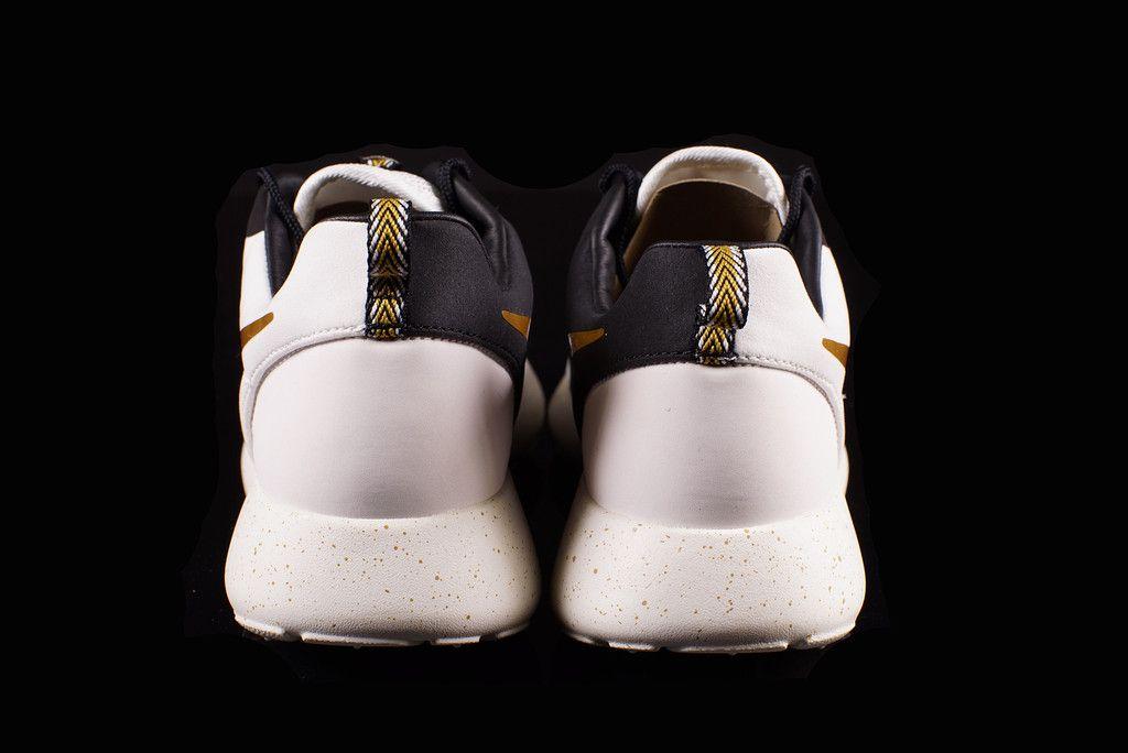 new arrivals 0e55b d6570 Nike Roshe Run Hyperfuse